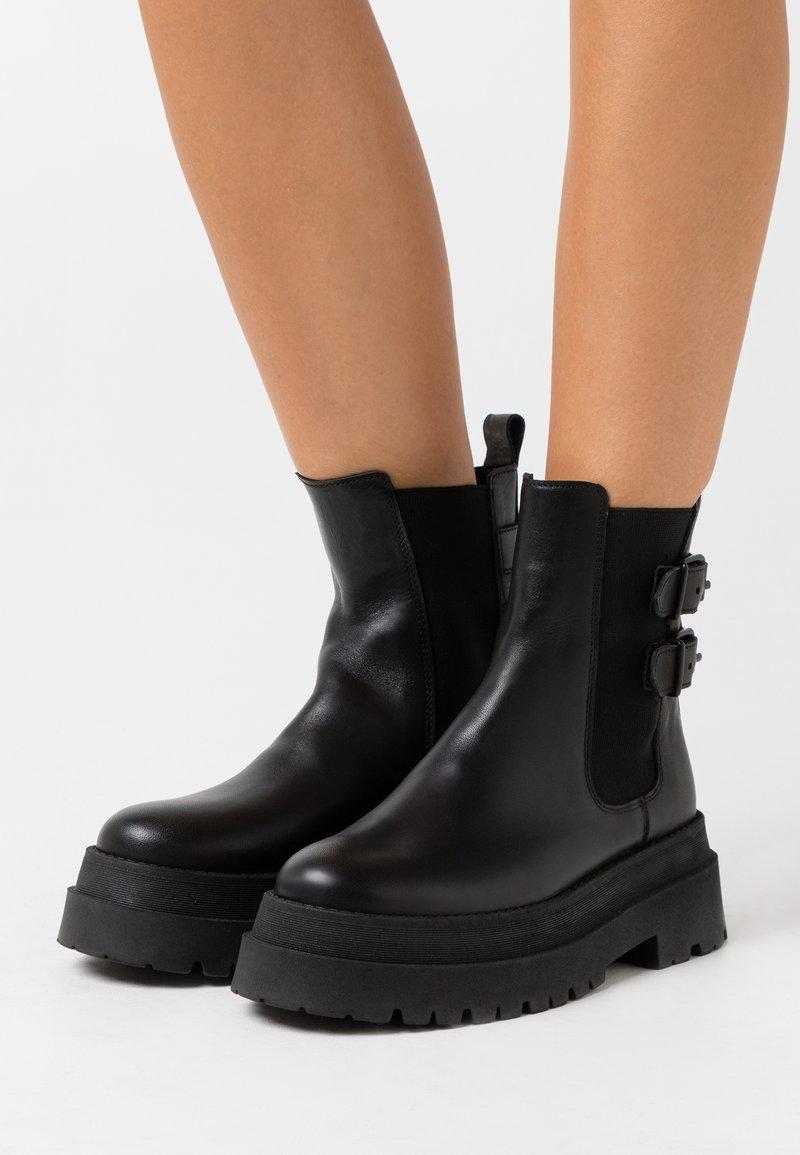 Zign - Kovbojské/motorkářské boty - black