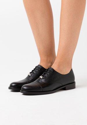 DEEGAN - Šněrovací boty - noir
