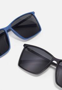 Jack & Jones - JACRECT SUNGLASSES 2 PACK  - Sunglasses - black/navy - 2