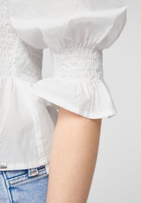 QS by s.Oliver - Blouse - white - 6
