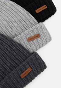 Pier One - 3 PACK - Bonnet - black/light grey/dark grey - 2