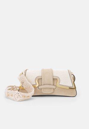 SHOULDER BAG - Håndtasker - beige