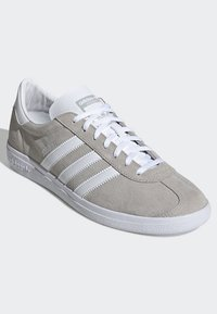 adidas Originals - JOGGER SHOES - Trainers - grey - 3