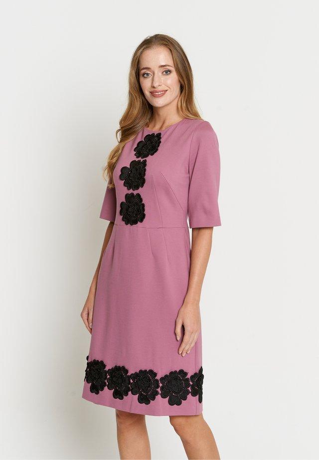 SANATA - Vestito estivo - rosa