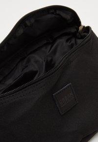 Urban Classics - HIP BAG - Bum bag - black - 2