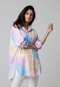 MiaZAYA - Button-down blouse - multi-coloured - 0