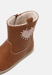 Friboo - Classic ankle boots - cognac - 4