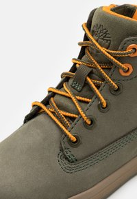 Timberland - DAVIS SQUARE UNISEX - High-top trainers - dark green - 5
