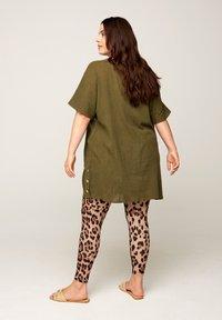 Zizzi - Leggings - Trousers - brown - 1