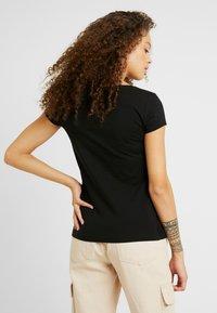 Anna Field Petite - 2 PACK - Basic T-shirt - black/white - 3