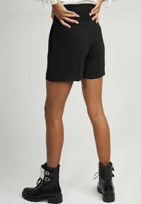 NAF NAF - Shorts - black - 2