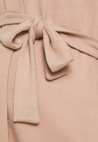 Pieces Maternity - PCMPAM CARDIGAN - Cardigan - warm taupe - 2