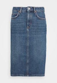 SKIRT OVER KNEE LENGTH - Denimová sukně - mid authentic wash