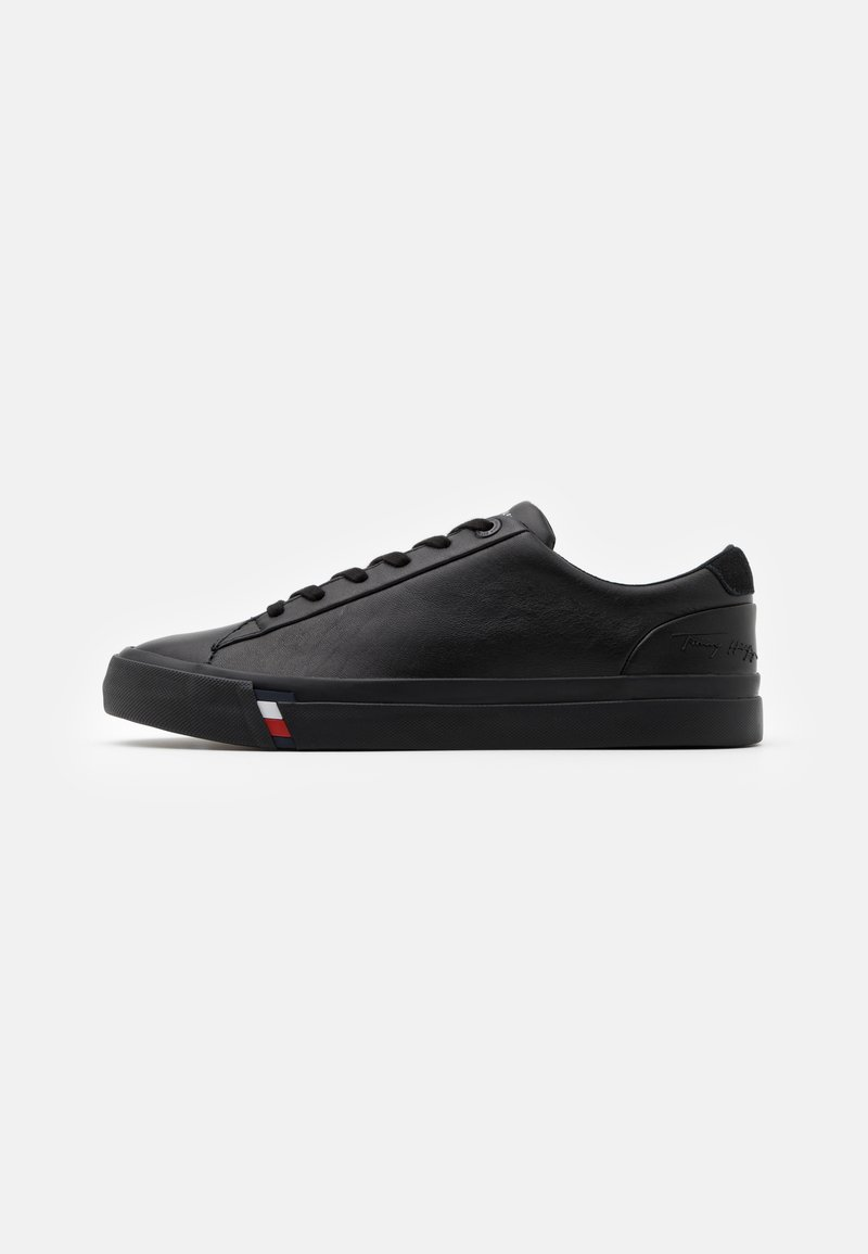 Tommy Hilfiger - CORPORATE  - Sneakersy niskie - black