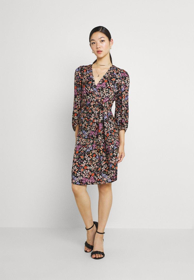 Soaked in Luxury - KIMAYA WRAP DRESS - Day dress - multi-coloured