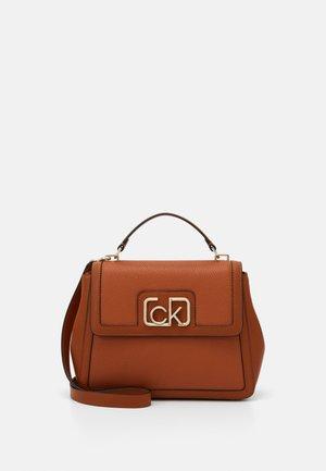 FLAP TOP HANDLE - Handbag - brown