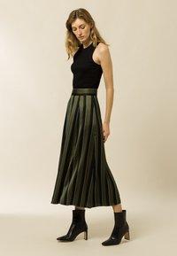 IVY & OAK - A-line skirt - dark olive - 2