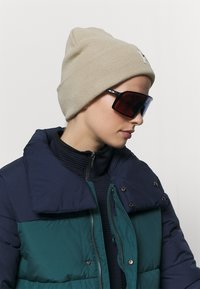 Oakley - SUTRO UNISEX - Sportbrille - polished black - 0