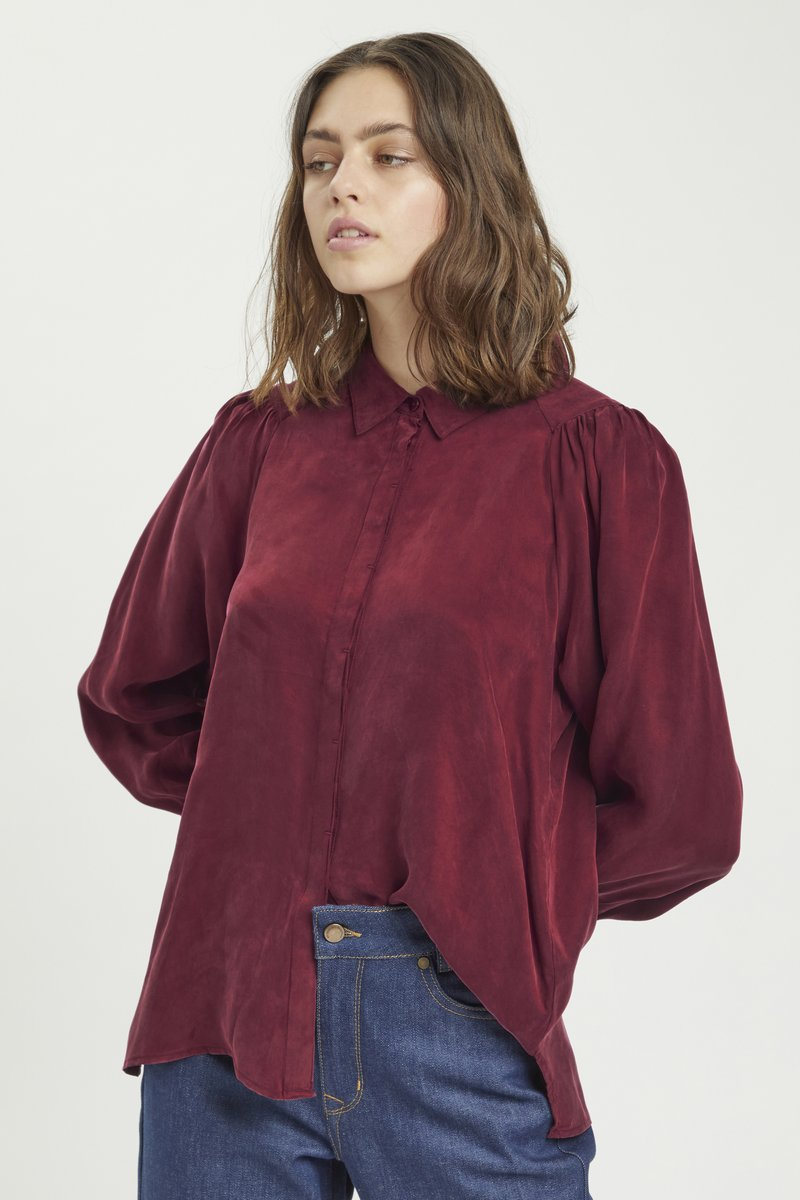 My Essential Wardrobe - Button-down blouse - oxblood red