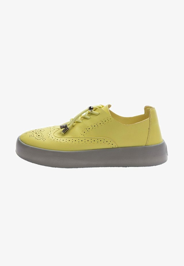 Zapatillas - yellow