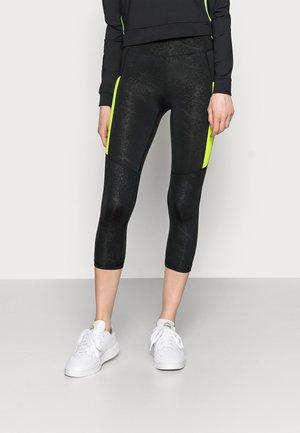 ONPANGILIA LIFE 3/4 TIGHTS - Shorts - black/yellow
