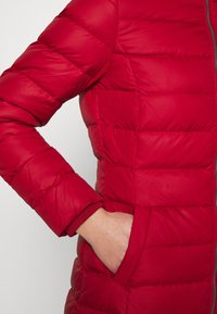 Tommy Jeans - ESSENTIAL HOODED COAT - Down coat - wine red - 7
