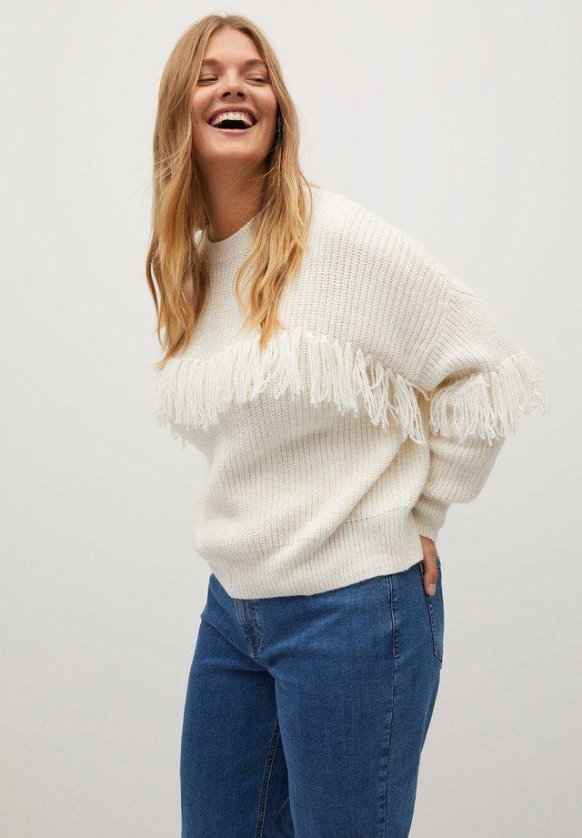 FRINGE - Pullover - off white