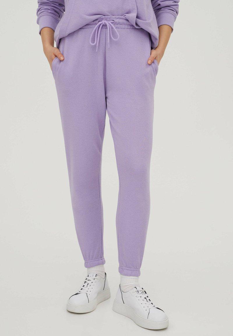 PULL&BEAR - Træningsbukser - purple