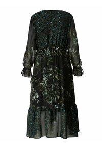 Sara Lindholm by HAPPYsize - Maxi dress - schwarz/grün - 3