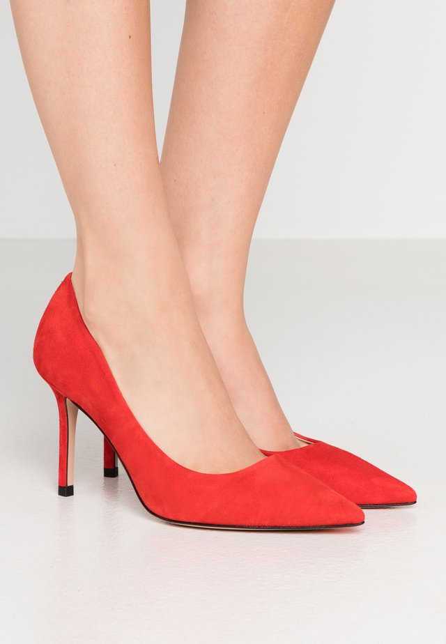 INES  - High heels - bright red