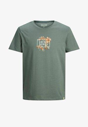 BLUMENPRINT LOGO - T-shirt med print - sedona sage