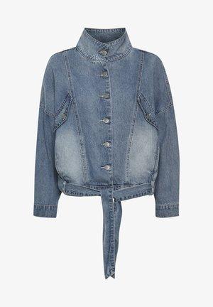 Denim jacket - light blue retro wash