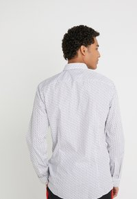 HUGO - ERRIKO EXTRA SLIM FIT - Camicia - white - 2