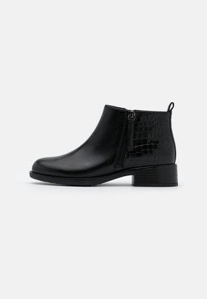 RESIA - Ankle Boot - black