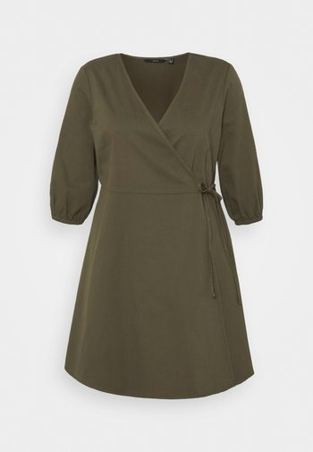 VMHENNA 3/4 WRAP SHORT DRESS - Denimové šaty - ivy green