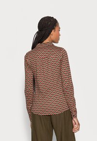 King Louie - BLOUSE RESIDENCE - Button-down blouse - berry red - 2