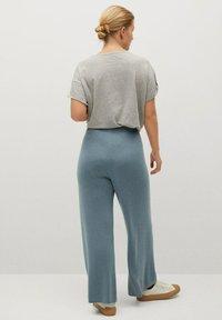 Violeta by Mango - OLIVIA - Trousers - verde bosco - 2