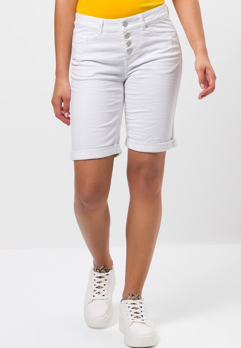 zero - Denim shorts - white