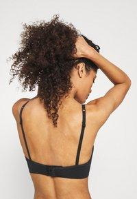 ELLE - SEAMFREE BRALETTE - Triangle bra - black - 3