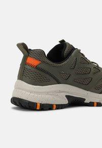 Skechers Sport - HILLCREST - Trainers - olive/black - 4