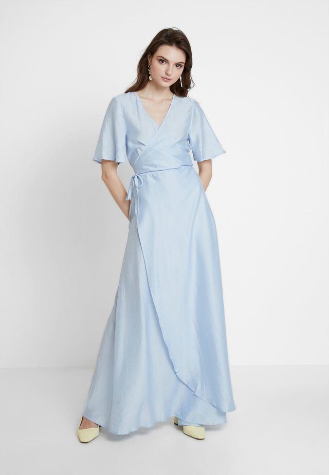 MAUD DRESS - Maxi-jurk - bleu ciel