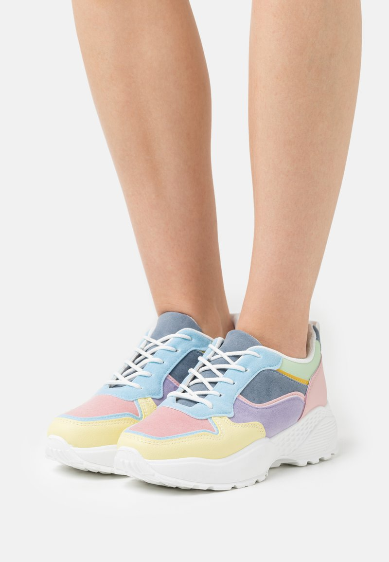 Koi Footwear - VEGAN DRAVEN - Sneakers laag - white/multicolor