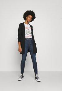 ONLY - ONLWAUW LIFE MID  - Jeans Skinny Fit - dark blue denim - 1