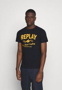 Replay - TEE - T-shirt imprimé - blue - 0