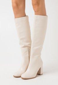 Vero Moda - VMRONJA BOOT - High heeled boots - birch - 0