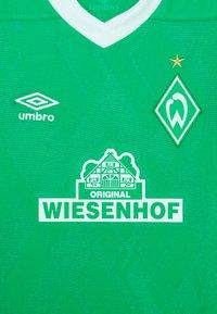 Umbro - WERDER BREMEN HOME UNISEX - Club wear - golf green/brilliant white - 2