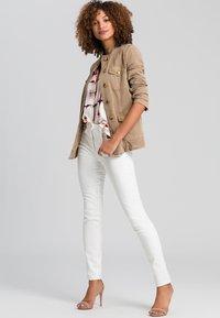 Marc Aurel - Jeans Skinny Fit - milk denim - 1