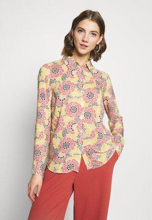 VILMA  - Button-down blouse - flower
