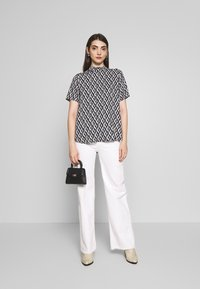 ONLY - ONLFALMA - Blouse - night sky/graphic space - 1