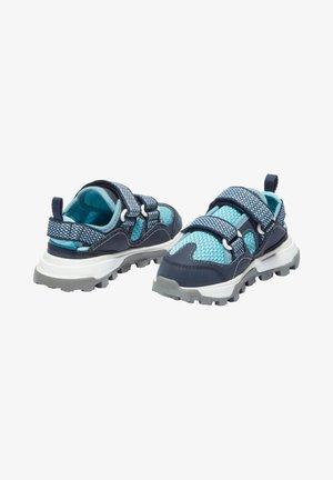 Baby shoes - black iris